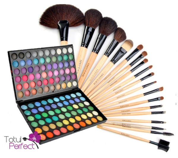 Kit Trusa profesionala 120-1 de farduri make-up si Set Pensule machiaj 18 Bucati